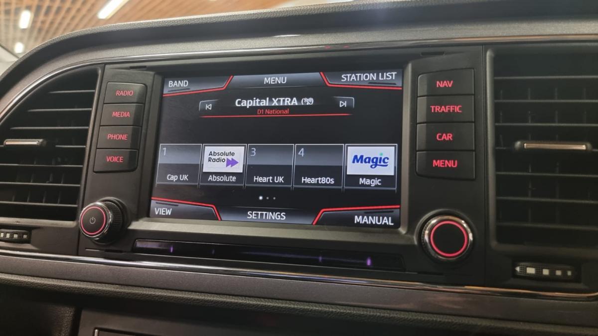 2016 SEAT LEON 1.4 ecoTSI FR TECH DSG 150 HP - 2016 - £9,895