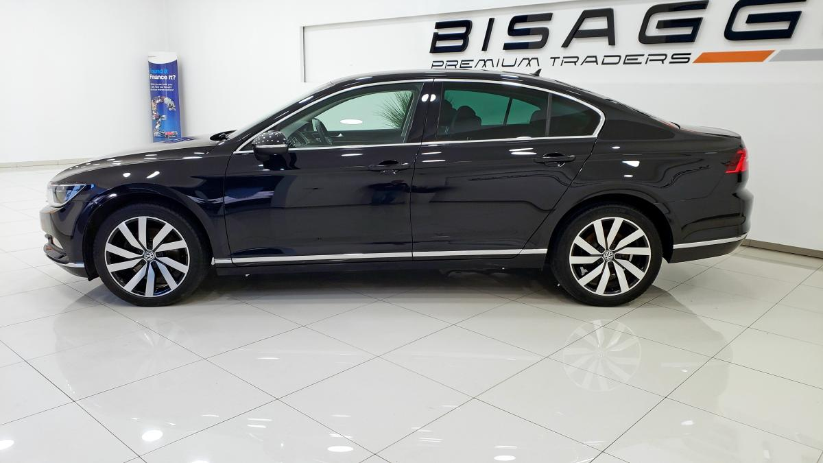 Volkswagen Passat Gt Tdi Bluemotion Technology 4 door saloon - 2015 - £11,105