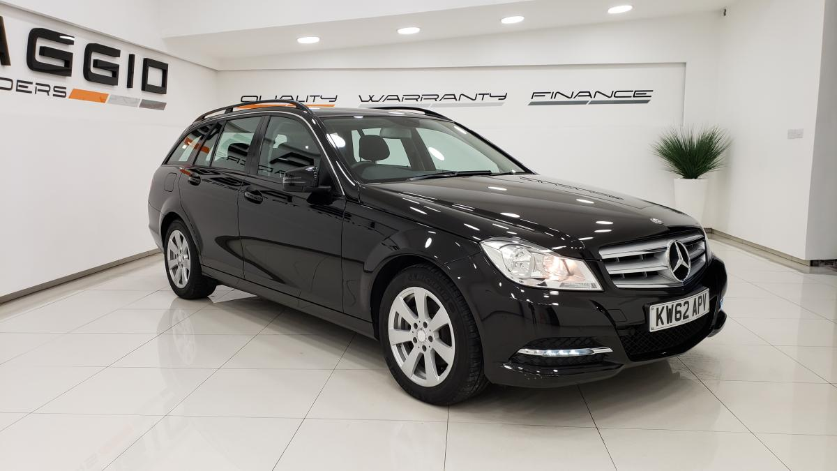 Mercedes-benz C-class C220 Cdi Blueefficiency Executive Se estate - 2013 - £9,895